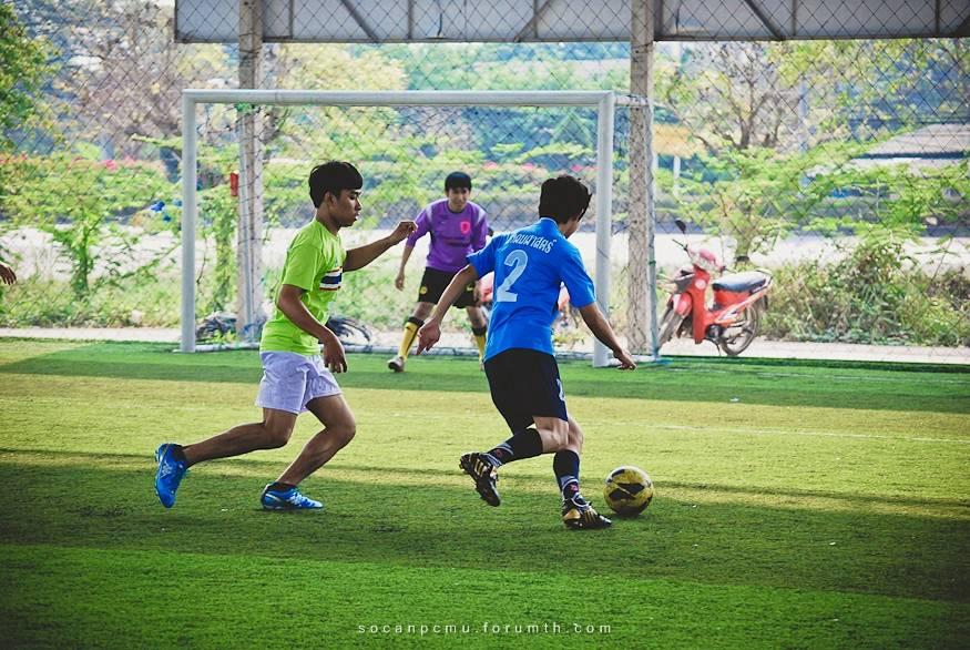 ฟุตบอล 4 ชั้นปี soc-anp'55 Ball55_064