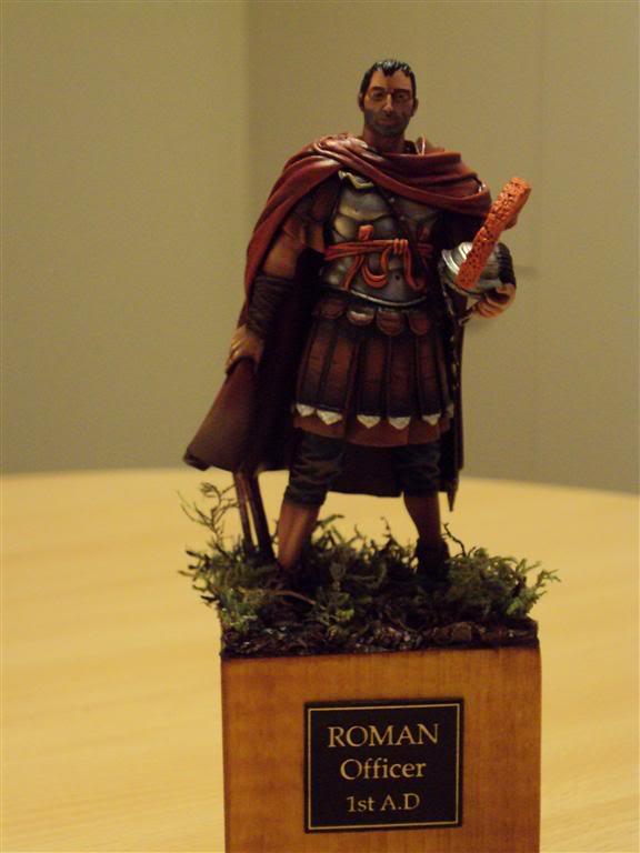 Voici une première pièce 90 mm RomanOfficer1stAD2