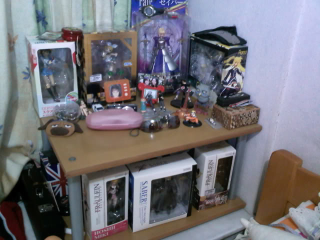 Show off your Otaku Room :3 IMG116