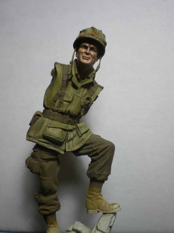 Lt Winters (75mm) Scale75 11