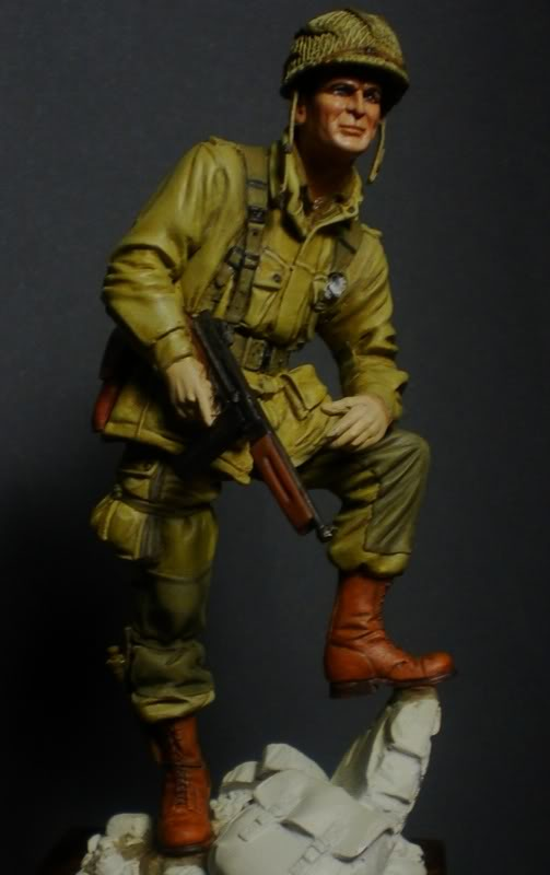 Lt Winters (75mm) Scale75 23