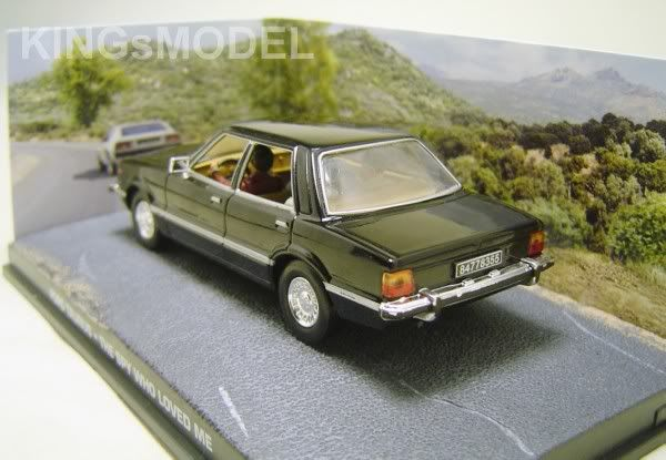 James Bond Car Collection - Page 2 DSC08191