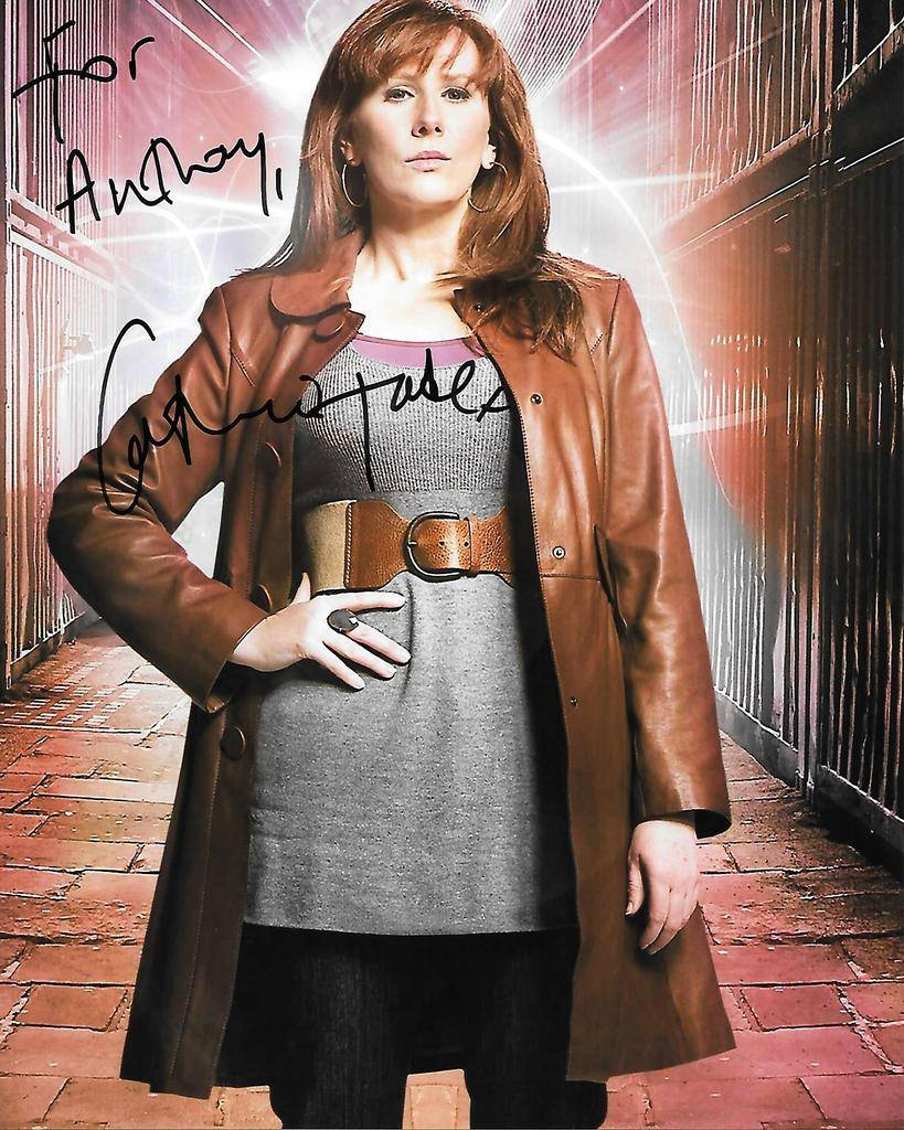 Doctor Who Celebrity Autographs and Photo Ops - Page 2 Donna%20Noble_zpsoog7wkfl