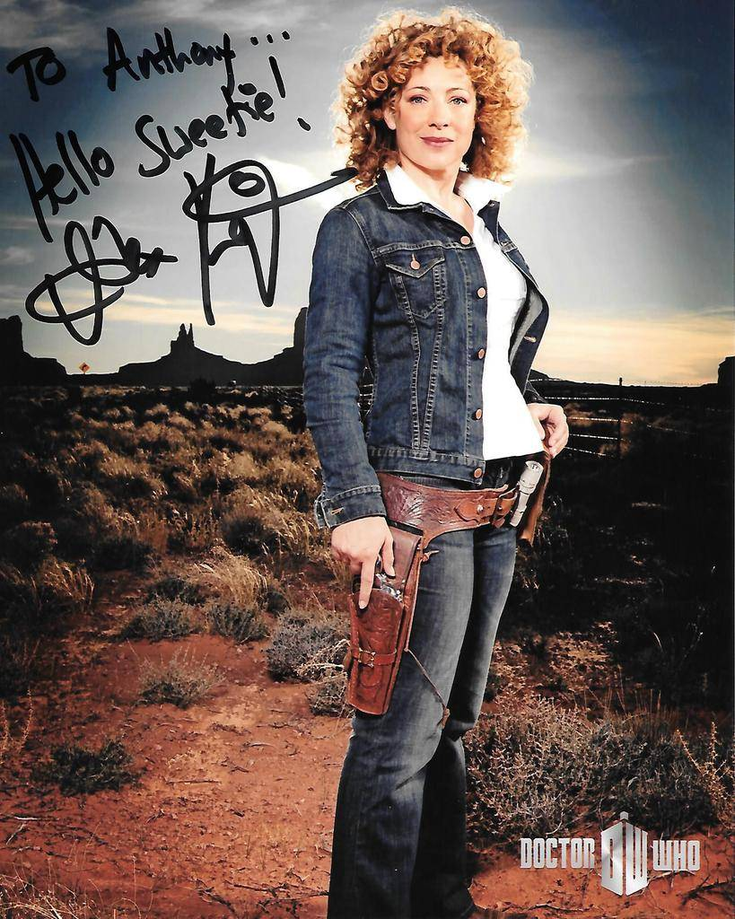 Doctor Who Celebrity Autographs and Photo Ops - Page 2 River%20Song_zpsakq0a3ya