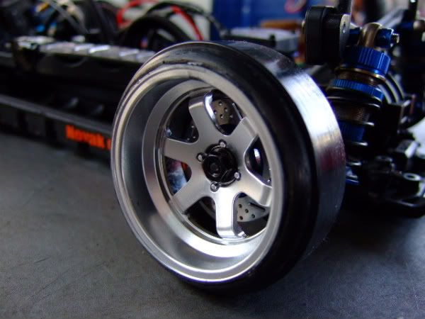 New drift stuff available from HPI SpeedwayPal_TE37V