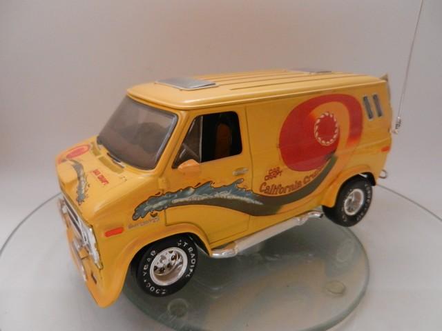 Chevy Van California Cruiser 001_zpsakvugbmo