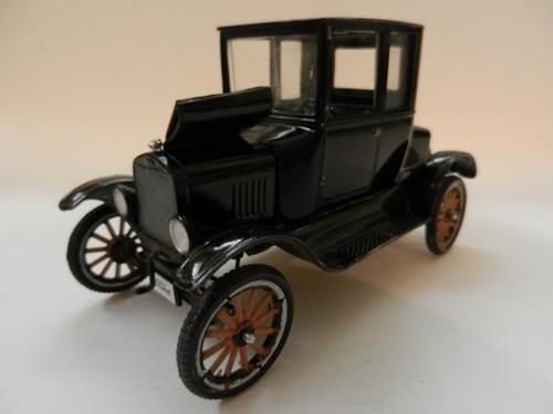 Ford Modèle T 1925 002_zps7cc01921