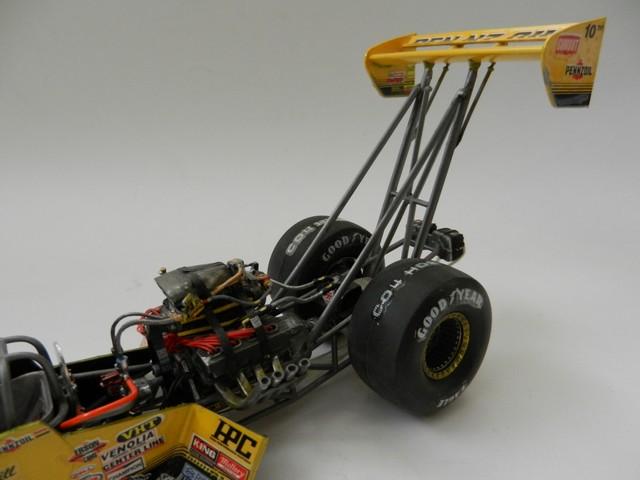 Pennzoil Top Fuel Dragster 002_zpsd323d99a