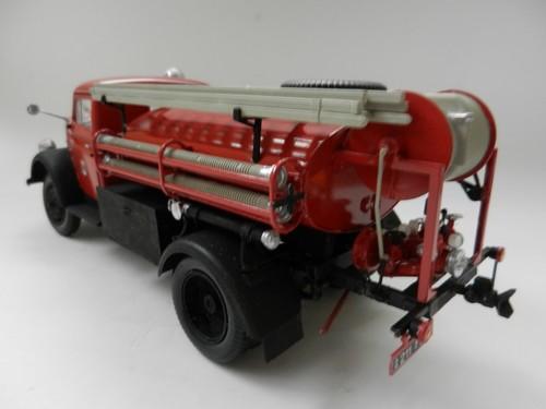 Camion d'incendie 005_zpsdf228e44