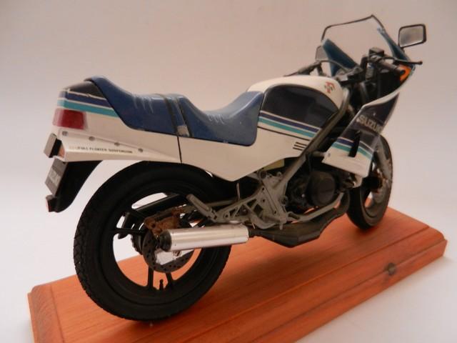 Moto Suziki RG250T 010_zps8edritfu