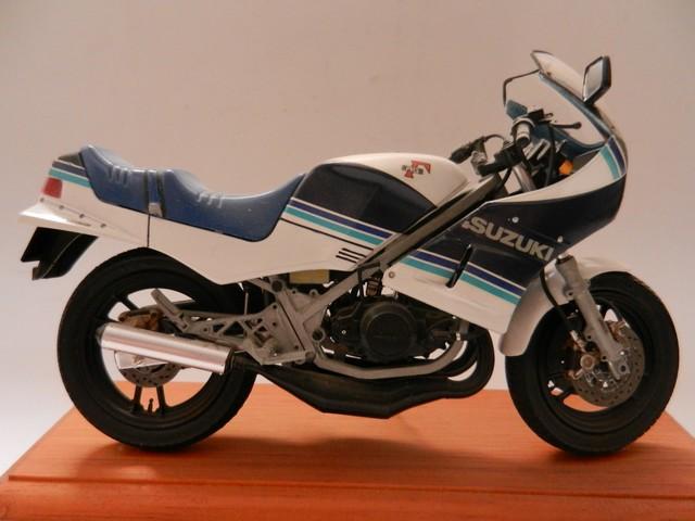 Moto Suziki RG250T 013_zps3e6ai3fo