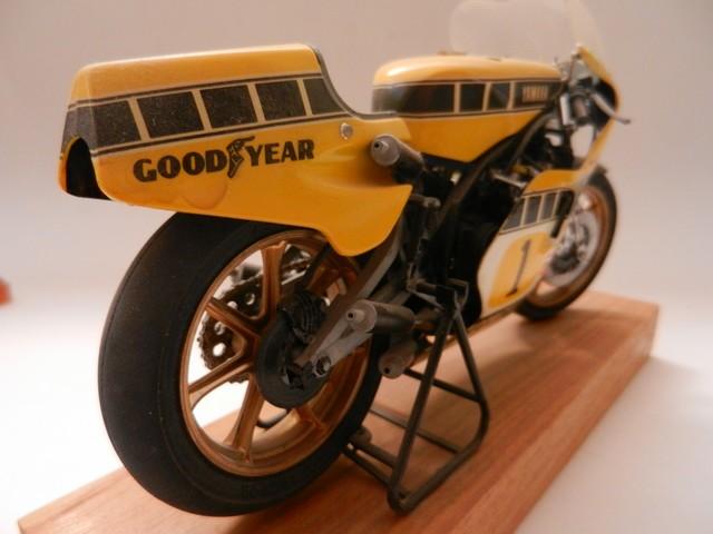Moto Yamaha YZR500 Version Grand Prix 015_zpswrvb1lcj
