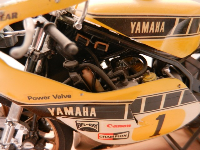 Moto Yamaha YZR500 Version Grand Prix 017_zpseutluxdu
