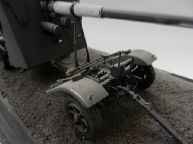 Canon antiaérien Flak18 [AFV, 1/35] DSCN1886_zps4151de5e