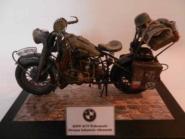 Moto BMW R/75 Solo Wehrmacht Division Infanterie DSCN4637_zpsgkhnsdyv