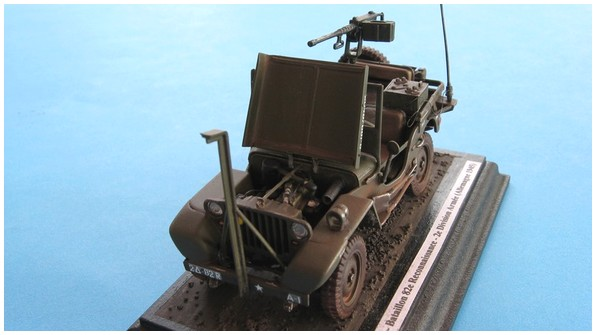 Jeep Willys - REVELL 03015 - 1/35 IMG_5588_zps84d77195