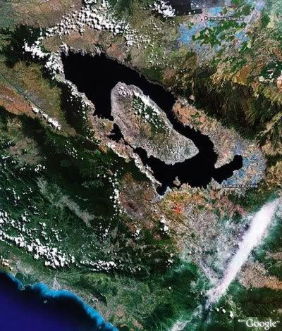 Vulkani Laketobasatelit