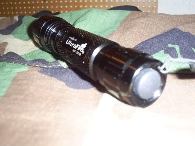 Review de la linterna tactica Ultrafire 501B CREE S4031980