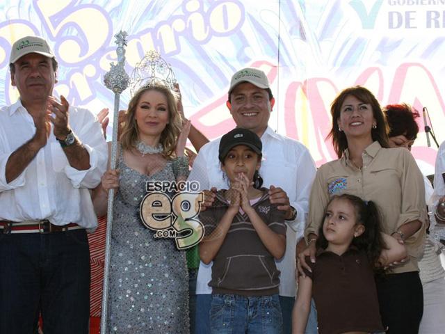 2008-03-23. [ FOTOS & NOTAS ] Es Edith 'Reina del Mar' Espacio102