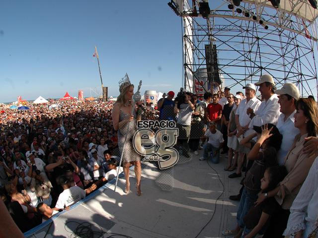 2008-03-23. [ FOTOS & NOTAS ] Es Edith 'Reina del Mar' Espacio106