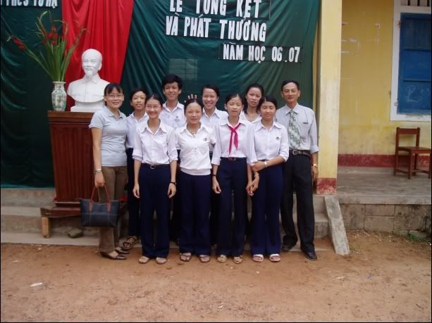 Thành viên Dream - Trường THCS Tứ Hạ NhomDream