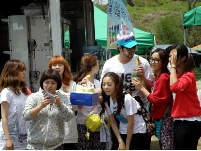 [SHOW][15.06.10] HyunAh và một hành trình cùng Invincible Youth – Những bức hình chưa từng tiết lộ 3L012431646_35900_30619