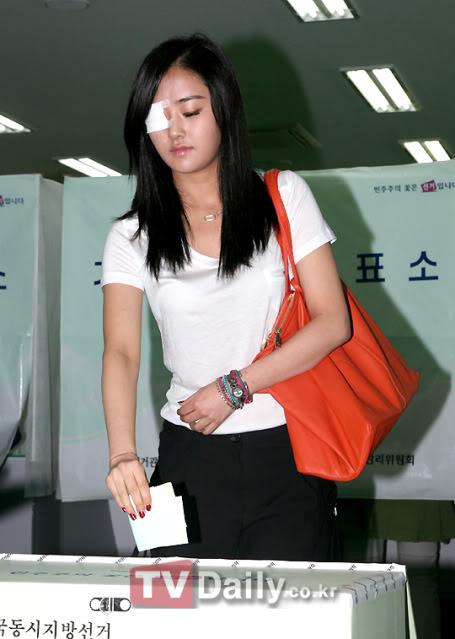 [OTHER][02.06.10] GaYoon lần đầu tiên đi bầu cử CS011770970_35900_27615