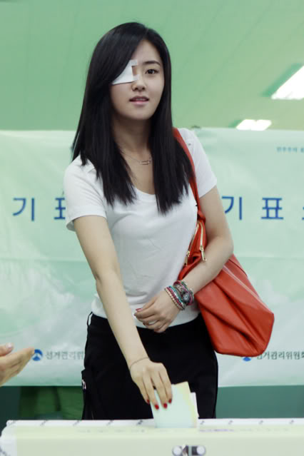 [OTHER][02.06.10] GaYoon lần đầu tiên đi bầu cử CS011771167_35900_27615