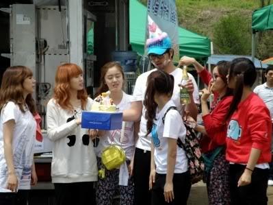 [SHOW][15.06.10] HyunAh và một hành trình cùng Invincible Youth – Những bức hình chưa từng tiết lộ CS012431701_35900_30619