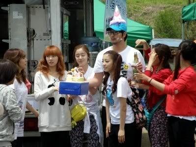[SHOW][15.06.10] HyunAh và một hành trình cùng Invincible Youth – Những bức hình chưa từng tiết lộ LN012431890_35900_30619