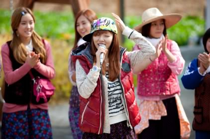 [SHOW][15.06.10] HyunAh và một hành trình cùng Invincible Youth – Những bức hình chưa từng tiết lộ VZ012431747_35900_30619