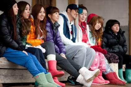 [SHOW][15.06.10] HyunAh và một hành trình cùng Invincible Youth – Những bức hình chưa từng tiết lộ VZ012431946_35900_30619