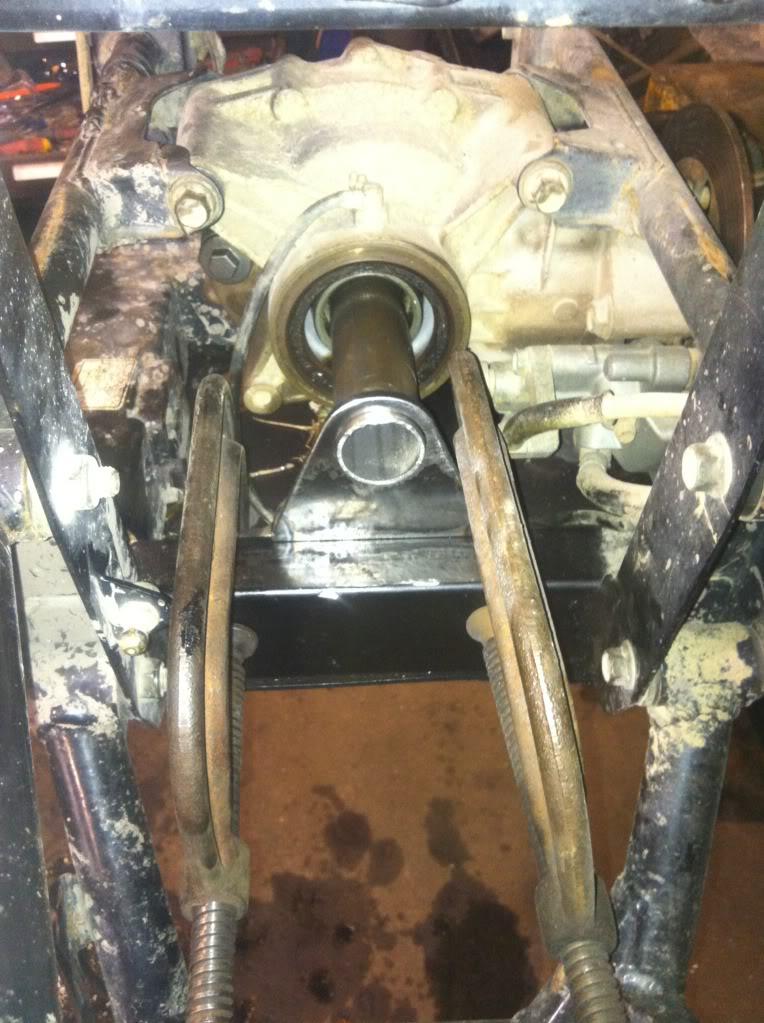 660 differential mount rebuild Null_zpscc8de982