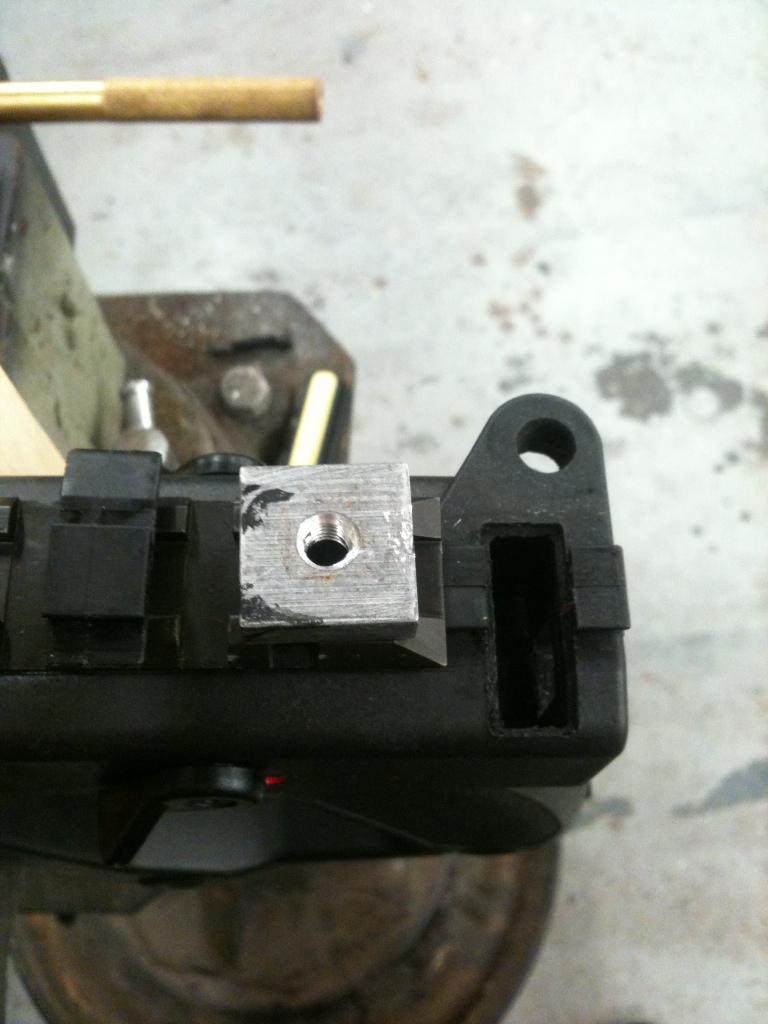 Anyone remove the top picatinny rail? B99670ad