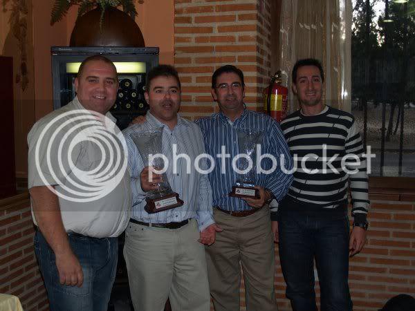 COMIDA Y ENTREGA DE TROFEOS 2009 - Página 2 PB285610