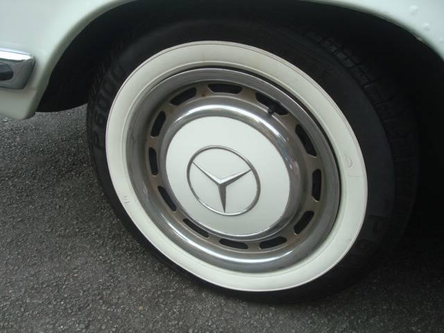 """Raro exemplar!!! Vendo minha W114 Barra """"8"""" 280 CE 1973 injetada / mecânica... R$ 40.000,00 - VENDIDO MERCEDES280C1973520_zps14c38c12"""