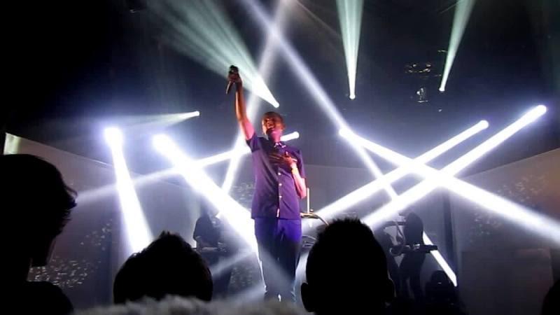 14/04/11 Concert à Rennes  Vlcsnap-2011-04-15-09h21m13s39