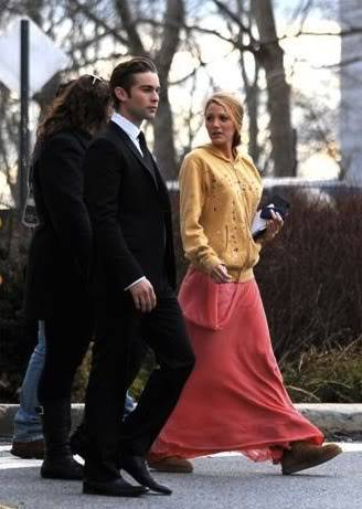Gossip Girl - BTS Set Photos - 12th March 2011 8b93279df994636361feacf9a7ca2152-2