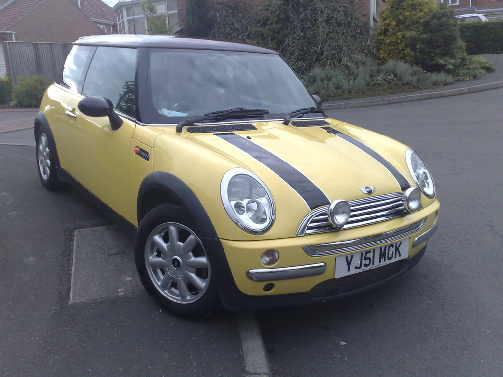 MINI Cooper Automatic 02/51 reg Full BMW Service History 19052008004