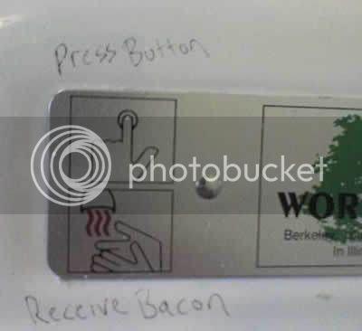 Odd bathroom grafitti 6049683018
