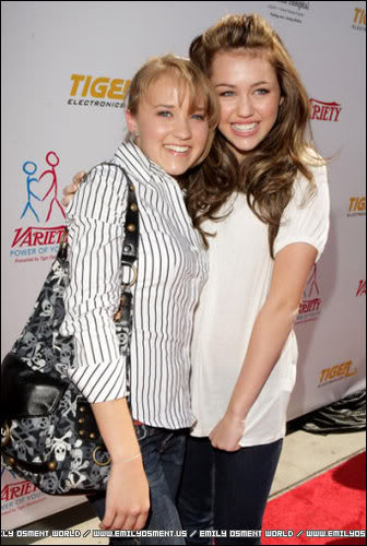 Miley i Emily - Page 2 4231364283a5761472525l