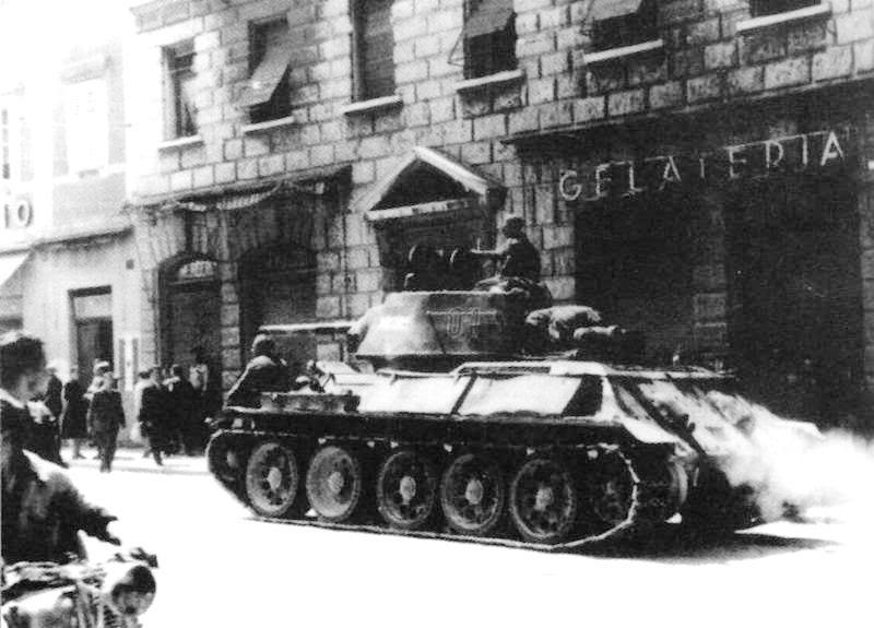 Hoby - maketarstvo - militarija A001