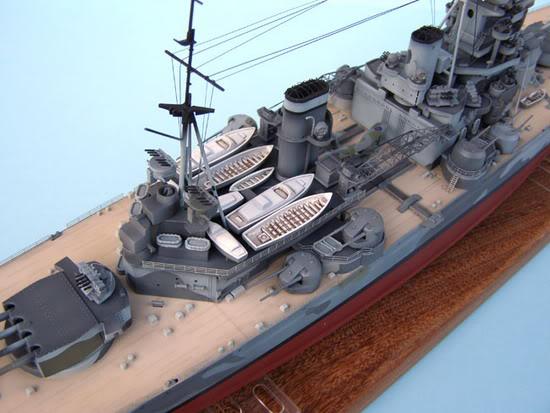 Makete brodova, barki, jedrenjaka... F-20