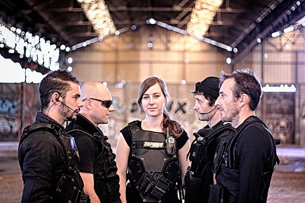 Feedback de Black Hawk [22 septembre 2013] Groupe_zpsfa3456bb