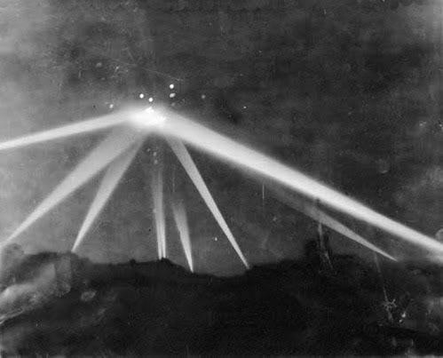 OVNIS galeria. February251942-LosAngelesCalifornia