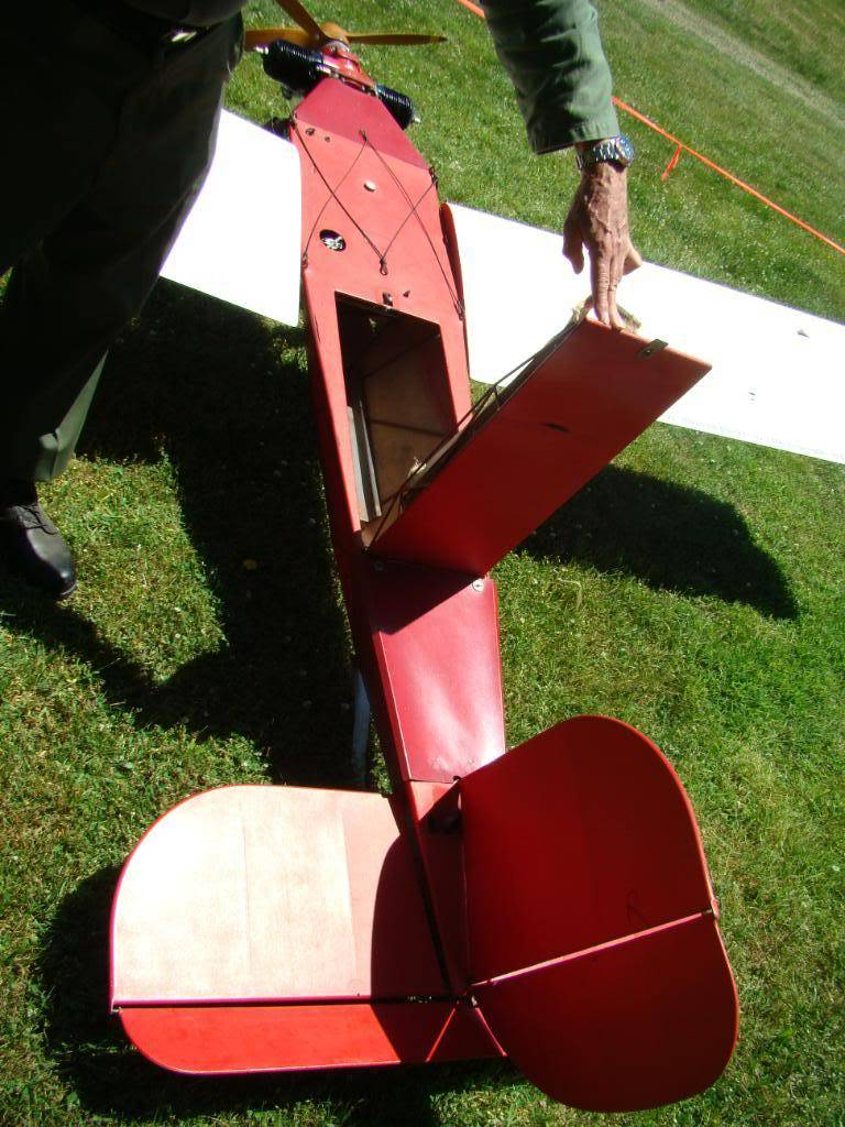 WW2 Radio Contolled Target Drone OQ-2A 1943 DSC07541