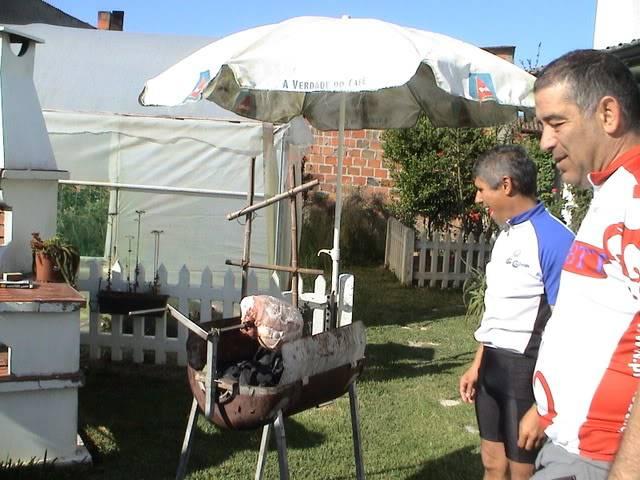 Ataque ao Pernil de Porco no Espeto 10-06-2008 DSC08378