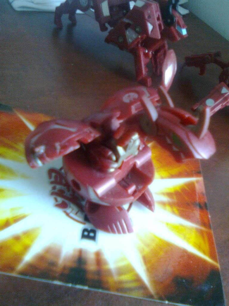 [HCM]Bán Bakugan gấp!! Hnhnh0111