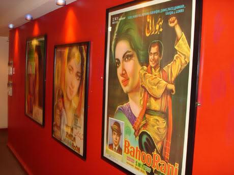 «·´¯`·»¦« Old Pakistani Movie Covers «·´¯`·»¦« Edinburgh-Festival-001