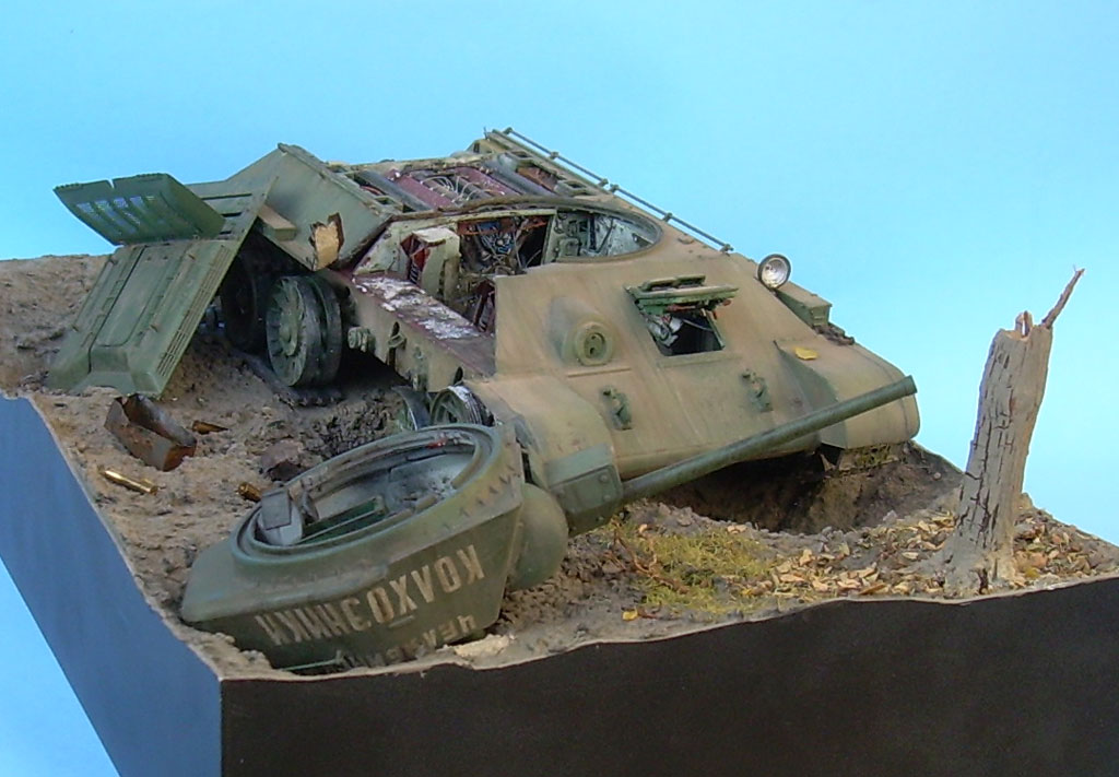 T-34/76 kaputt Gal012031